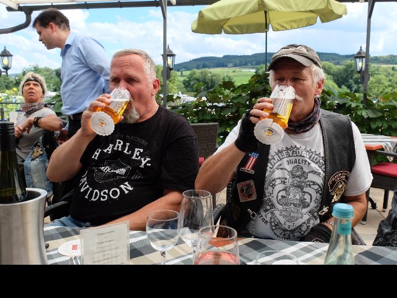 ... das zweite Bier
