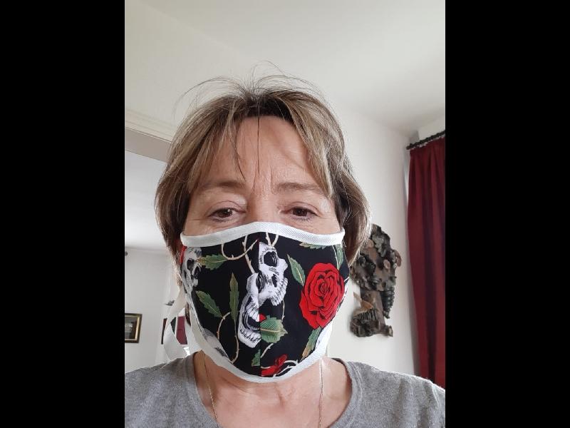 Die Masken werden von Woche zu Woche schöner